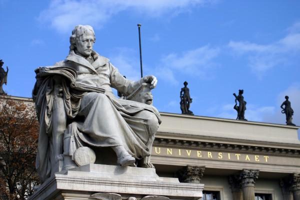 Postkarte Denkmal Wilhelm von Humboldt